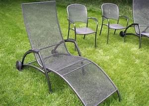Garten Stapelstuhl Metall : gartenliegen aus metall ~ Buech-reservation.com Haus und Dekorationen