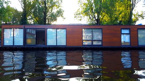 House Boat Rental Amsterdam by Amsterdam Houseboat Rentals Vacationing Like A Local