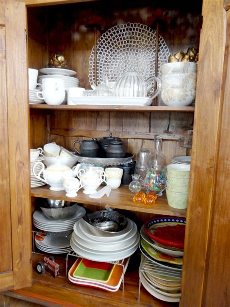 how to organize a china cabinet china cabinet organizing helena alkhas