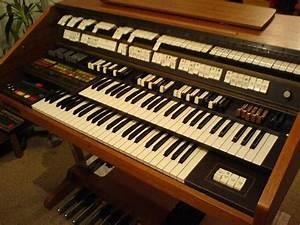 Wersi Orgel Helios Ws 2 Auf Chromgestell In  U00d6hringen