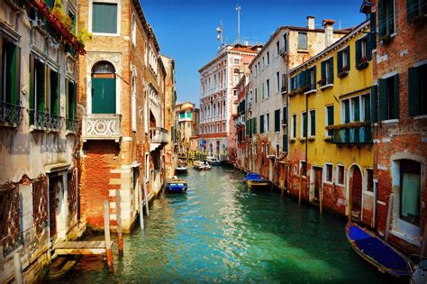 Grand Canal Venice Italy Beautiful Colourful Houses On