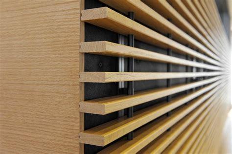 rivestimento listelli legno rivestimento listelli legno boiserie in ceramica per bagno