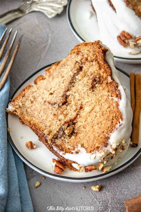 Stir this dry mixture into the batter and mix. Apple Cinnamon Coffee Cake - Sour Cream Coffee Cake with a Twist!