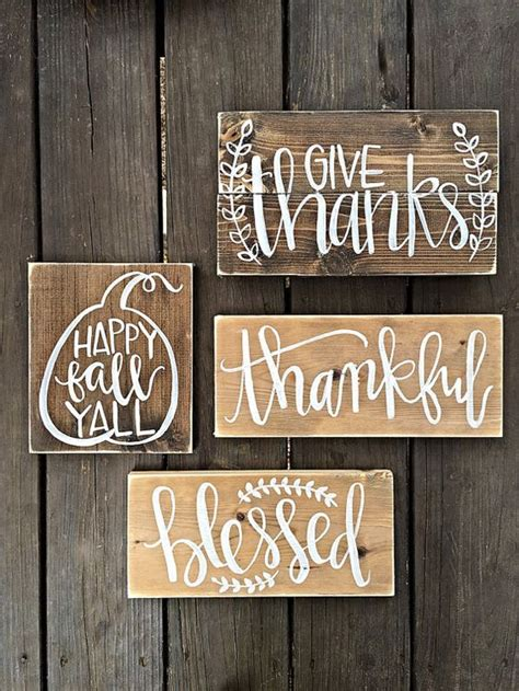 There are numerous different and interesting ways of using either wooden or metal. 14 Beautiful DIY Wall Words For Classy Wall Decor - All DIY Masters