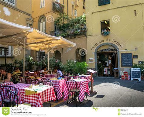 cuisine des terroirs italie restaurant in lucca toskana in italien redaktionelles