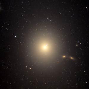 Messier 87 Galaxy - Galaxy Facts