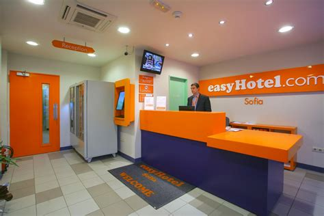 icamap becomes the largest shareholder of easyhotel