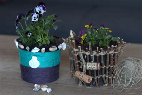 decorating flower pots 2 simple and creative ideas for decorating flower pots