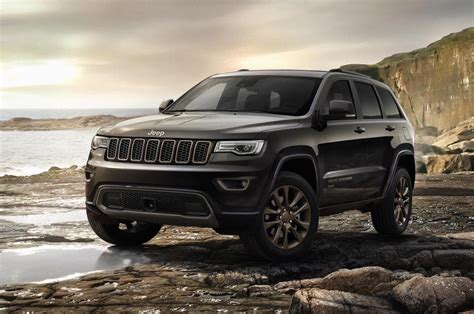 2019 Jeep Grand Cherokee  Exterior Image  Car Preview