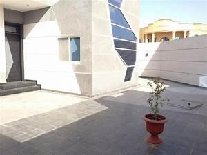Terrassenplatten Reinigen Beton : terrassenplatten aus naturstein keramik oder beton ~ Michelbontemps.com Haus und Dekorationen