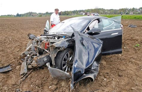occupants survive horrific tesla model  crash