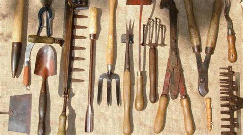 comment ranger ses recettes de cuisine une technique pratique pour ranger ses outils de jardinage