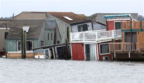 Boat House Marina Village by Eht Marina S Long Trail Of Troubles Sinks Houseboats And