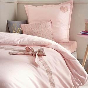 La maison cyrillus parure de lit linge de lit enfant deco for Tapis chambre enfant avec matt et rose housse de couette