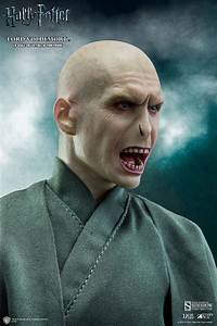 Harry Potter Lord Voldemort Sixth Scale Figure by Star Ace ...