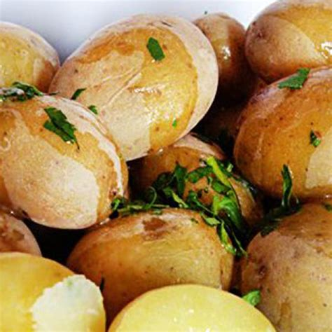 10 Wonderful Ways With New Potatoes  Reader's Digest