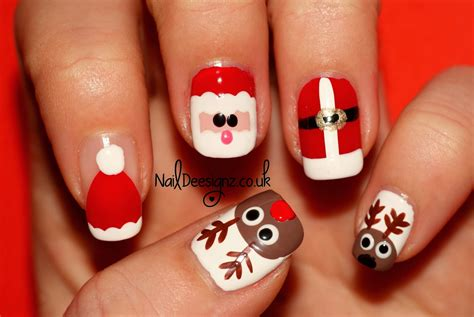 Santa & His Reindeer Nail Art