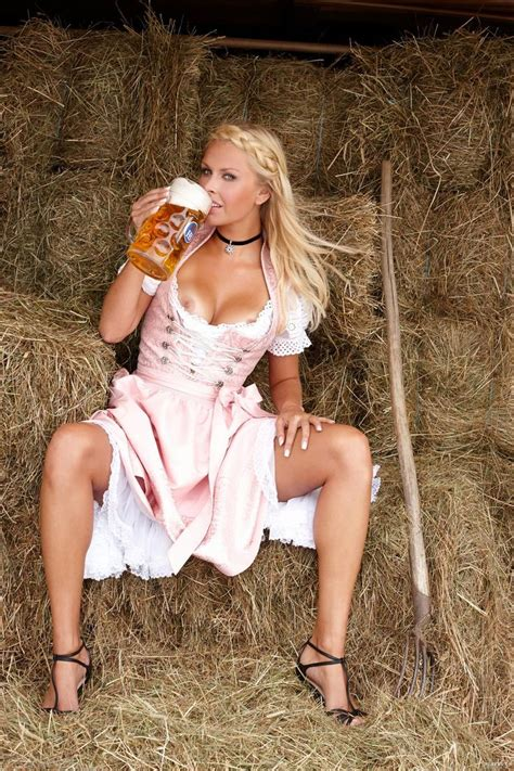 17 Best Images About Beer Girls Octoberfest On Pinterest Bud Light Munich Germany And Dirndl