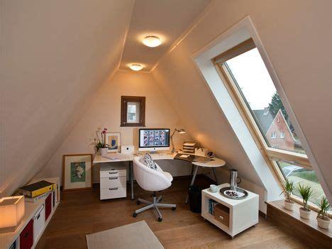 Spitzboden Als Wohnbereich Fuenf Tipps Fuer Den Ausbau by Die Besten 25 Fertiger Dachboden Ideen Auf