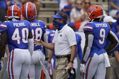 Gators pause football activities after 19 COVID-19 cases ...