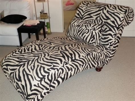 Zebra Lounge by Zebra Chaise Lounge In Los Angeles Ca 90001
