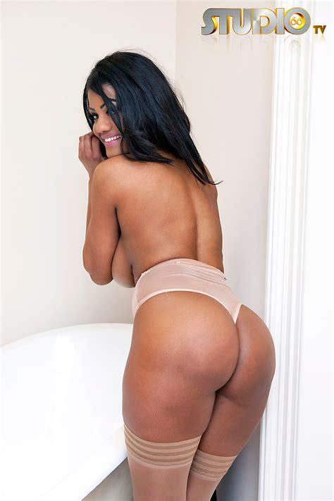 Sophia Lares Bathroom Nudity For Studio Foxhq