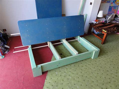 fabriquer un canapé avec un matelas le coup du canapé bricologie à 360