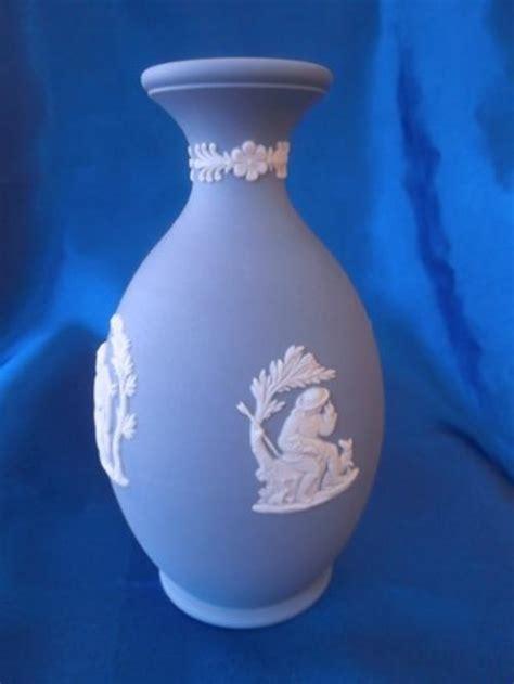 Wedgewood Vase - other porcelain ceramics wedgewood jasper blue vase