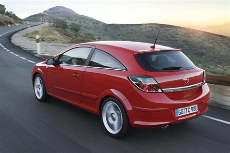 Opel Astra 2007 by 2007 Opel Astra Photos Informations Articles