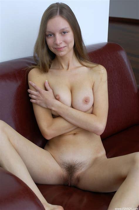 pimp and host upload photo sexy girls