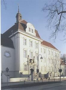Haus Und Grund Dresden : zubeh r zum dach dachrinnensiebe rohrschellen laubschutz trittrosten ~ Buech-reservation.com Haus und Dekorationen