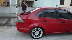 Som Fiesta Sedan Vermelho Aro 17