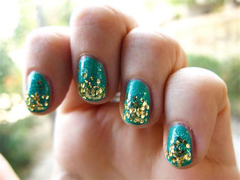 Glitter Nail Designshelen's Style