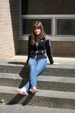 black kohls coats blue american eagle jeans purple shoes