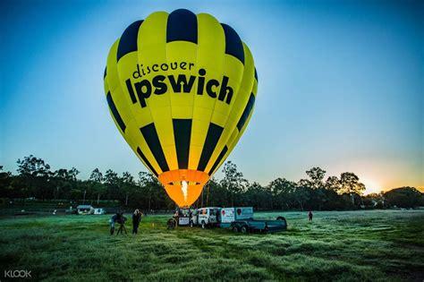 koalas  river cruise   hot air balloon