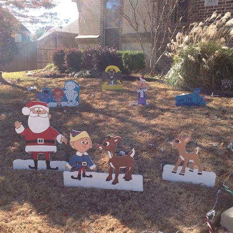 rudolph   misfit toys christmas yard art