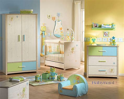 chambre bébé jaune best chambre bebe jaune et vert images matkin info