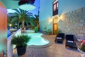 hotel villa adriatica in supetar on island brac With katzennetz balkon mit kuramathi island resort garden villa