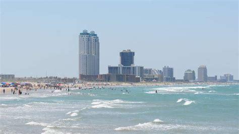 texas beaches  sink  toes  sand san antonio express news