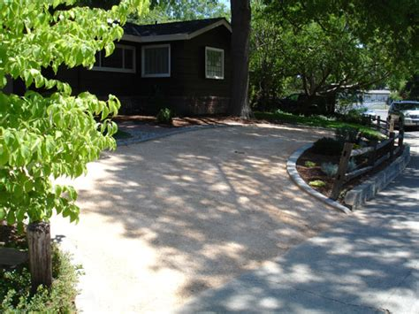 stabilized decomposed granite driveway