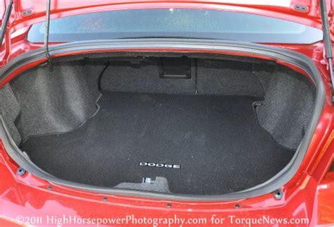 spacious trunk    dodge avenger heat torque