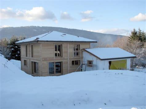 maison mur bois massif en haute savoie