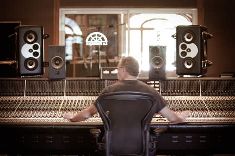 3 Mixing Secrets From The Legendary Andy Wallace
