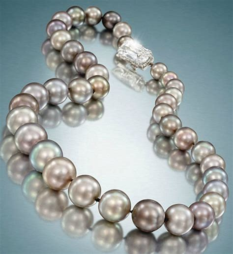 cowdray pearls necklace  natural pearls collection