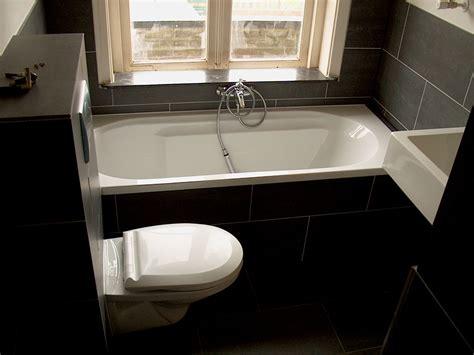 ideea n badkamers idee badkamer blauw