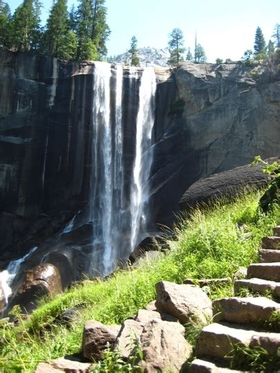 Vernal Falls Yosemite National Park Friendly