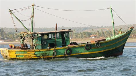 Fishing Boat Engines India by Bsf Finds 3 Abandoned Boats Gujarat Coast