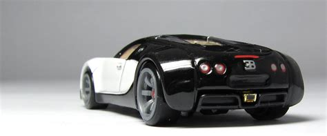 Hot wheels 2006 bugatti veyron very rare collectible free protector moc!. Model of the Day: Hot Wheels Speed Machines Bugatti Veyron… - theLamleyGroup