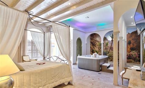 chambres avec spa privatif emejing chambre avec spa privatif pictures seiunkel us