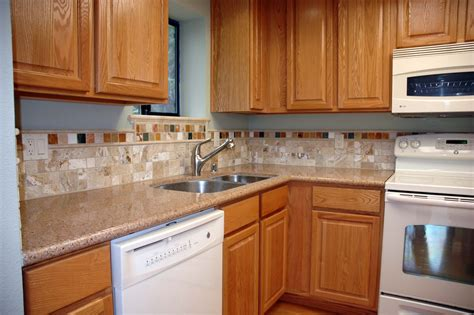 kitchen backsplash with cabinets kitchen backsplash ideas with oak cabinets indelink com